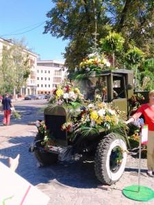 машина-цветы2